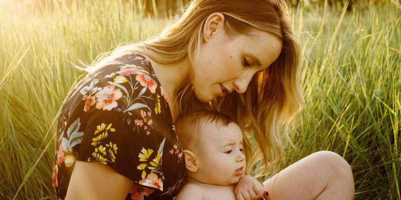 depressie na de bevalling , depressie, bevalling, kwetsbare moeders , stress, baby, psychische klachten, ouders