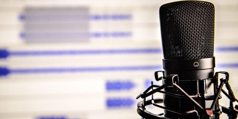 podcast, de facto trauma